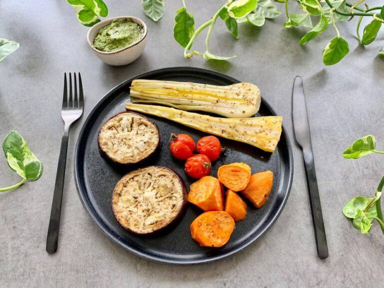 Verduras asadas con pesto vegano